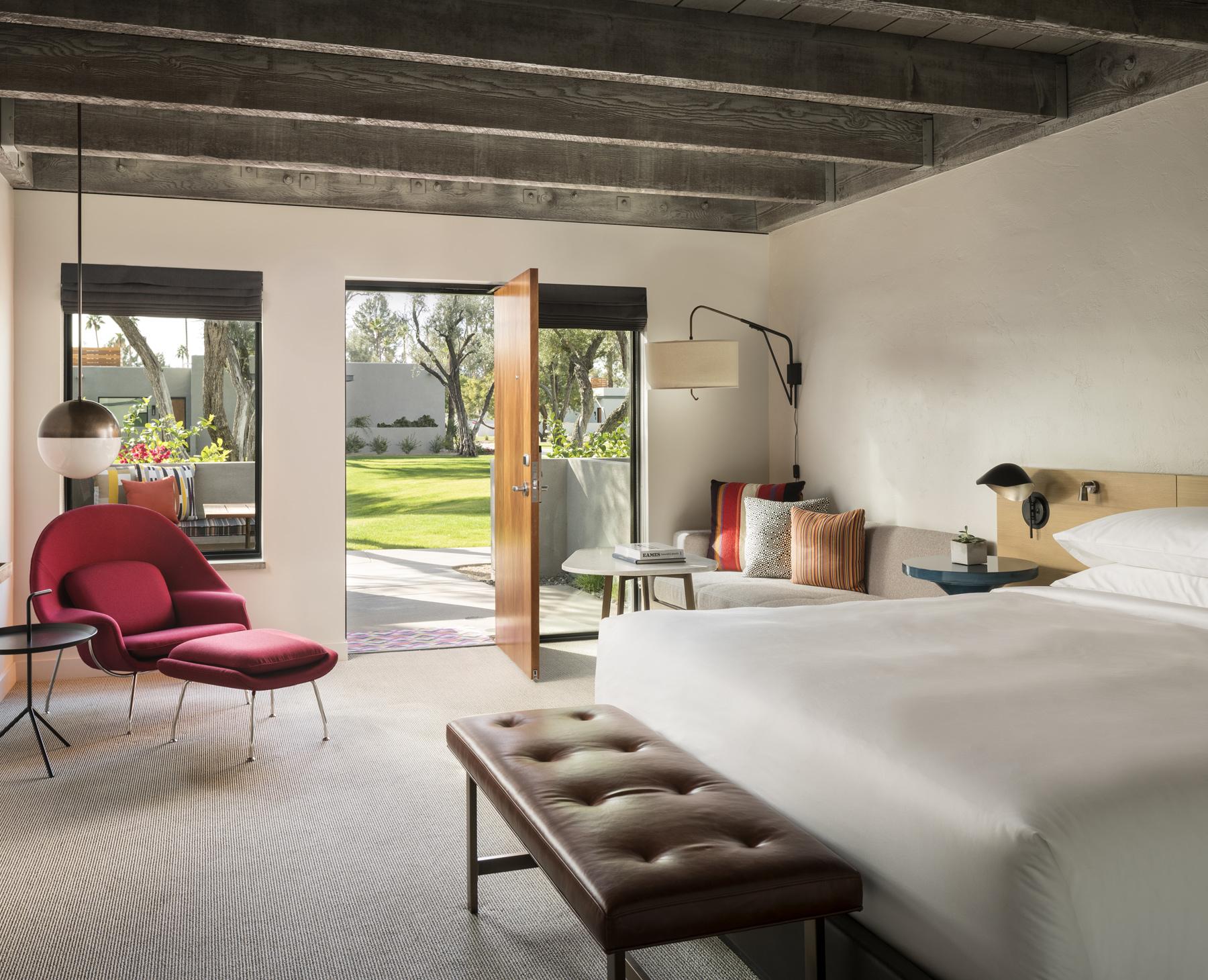 ANDAZ SCOTTSDALE RESORT & SPA | Resort eBrochure